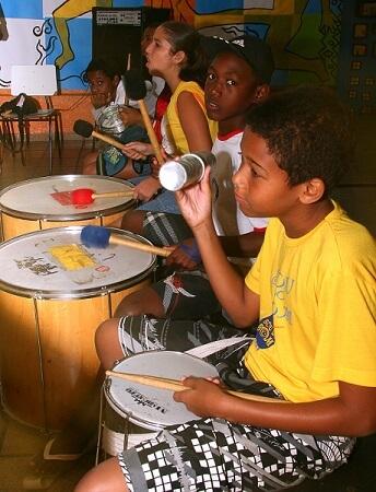 Crianças participantes do Programa Ponte   em 2009. Foto: Warllem Soares da Silva.