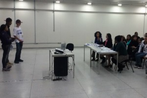 Jovens da Brasilândia apresentam projetos para a banca