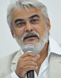 """Paulo Roberto Padilha:  """"Ainda há poucos investimentos  nas ONGs, por parte do poder  público e privado""""."""