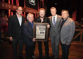 Press Release: Grand Ole Opry Recognizes Travis Tritt on 25th Anniversary of Becoming Opry Member