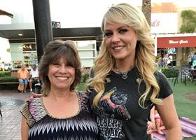 Hometown Girl, Shari Rowe, Wows at Westgate