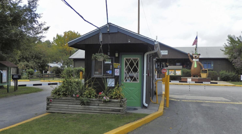 Mx0010 2 entrance