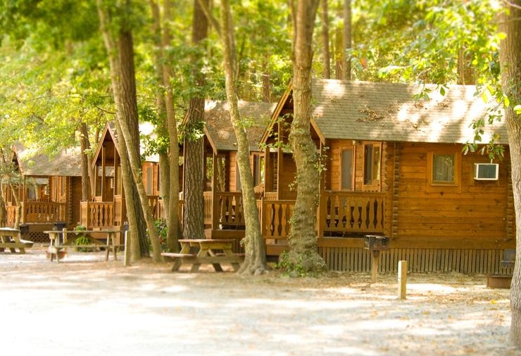 Frontier Town Campground | BookYourSite