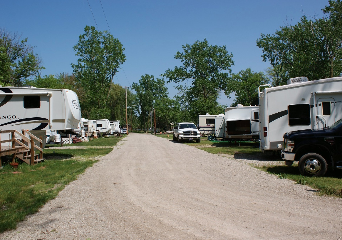 Mb2362 2 large rv sites
