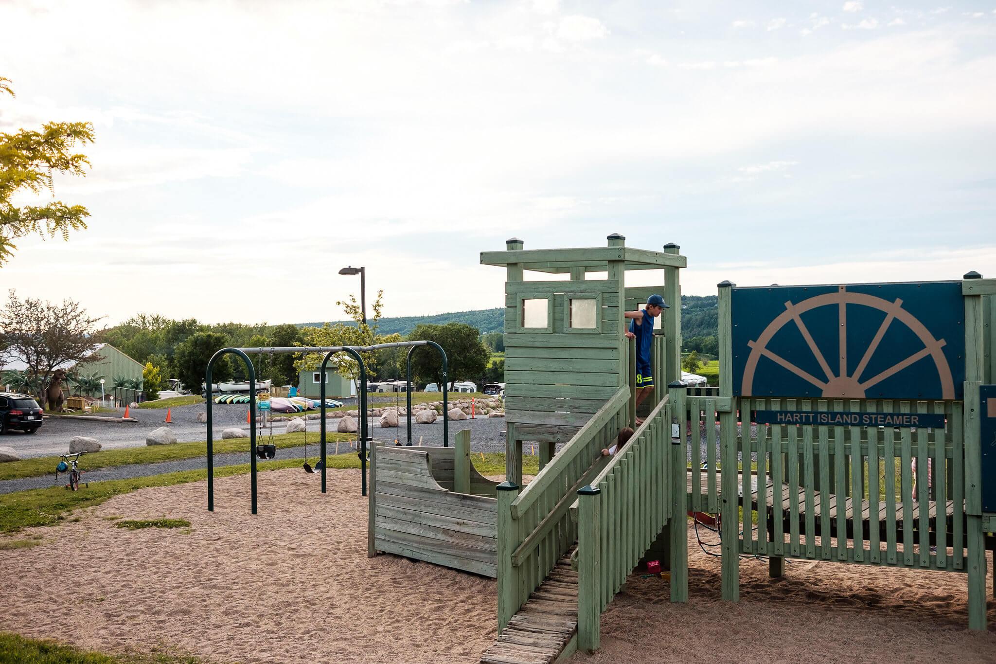 Mb2563 x c playground
