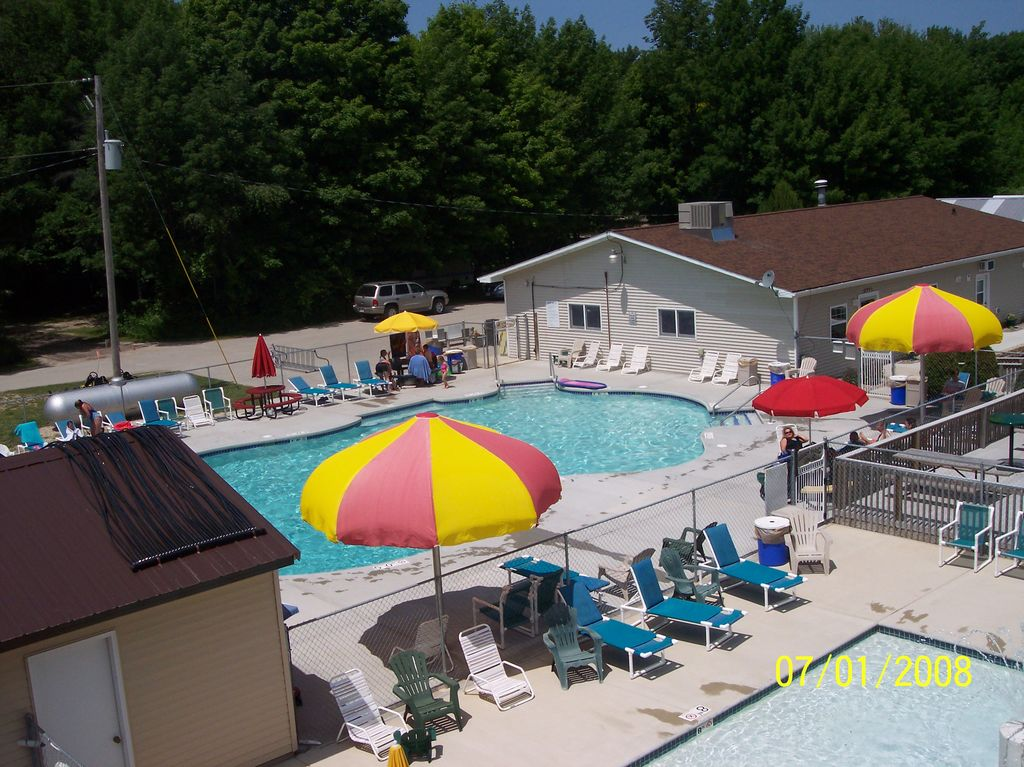 Mc2125 4 poolarea