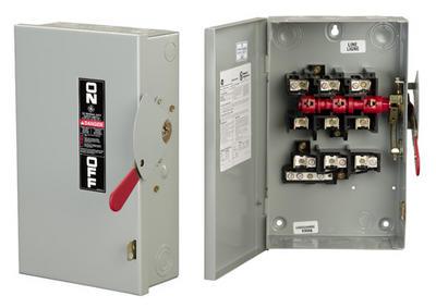 GE Distribution TG3224R Safety Switch, NEMA Type 3R, 200 Amp, 240 VAC, 3-Wire SN