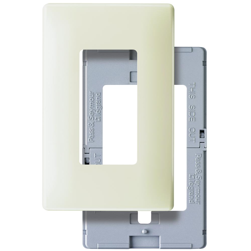 Pass & Seymour SWP26-LA Screwless Wp Plastic Sub Plt 1G La