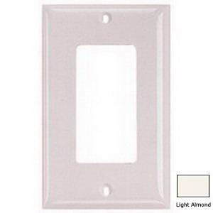 Hubbell Wiring NP26LA Netselect® tradeSELECT® 1-Gang Standard-Size GFCI Decorator Face Plate; Screw Mount, Nylon, Light Almond