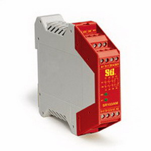 Omron 44510-1032 SR103 2 Channel Safety Monitoring Relay; 2 NC Input/3 NO Output/1 NC Auxiliary, Fiber-Filled Polyamide PA6.6, Red