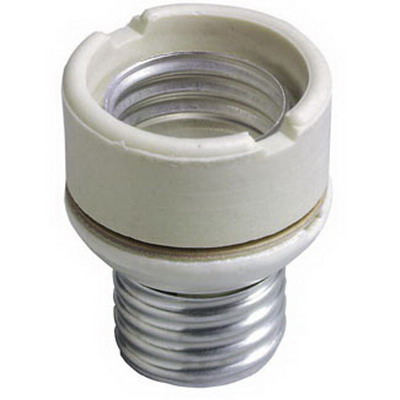 Leviton 2004 Incandescent Lampholder Extension; 250 Volt, Medium to Medium, White