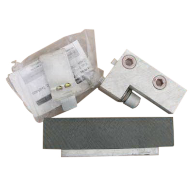 GE Distribution TEYLD1 Groundable Handle Locking Device; For 1, 2 and 3 Pole Circuit Breakers