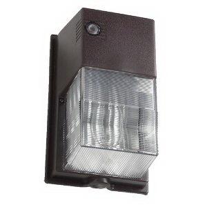 Hubbell Lighting NRG-307B-PC NRG® 300B 1-Light Photocontrol Vandal Resistant High Pressure Sodium Wall Pack; 70 Watt, Bronze, Lamp Included