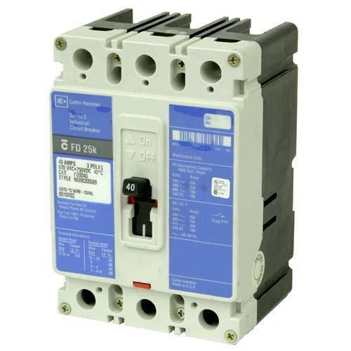 Eaton / Cutler Hammer ED3100 Series C Molded Case Circuit Breaker; 100 Amp, 240 Volt AC, 125 Volt DC, 3-Pole, Panel Mount