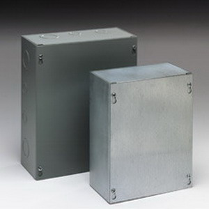Cooper B-Line 1084SC Junction Box; 16 Gauge Steel, ANSI 61 Gray, Wall Mount, Screwed Cover