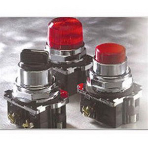 Eaton / Cutler Hammer10250T5B63-51 Cutler Hammer 3 Operator Non-Illuminated Pushbutton Switch; 5 Volt, 1 Milli-Amp AC/DC, Maintained Push-Pull, 1 NC, Die-Cast Zinc, Red - E STOP