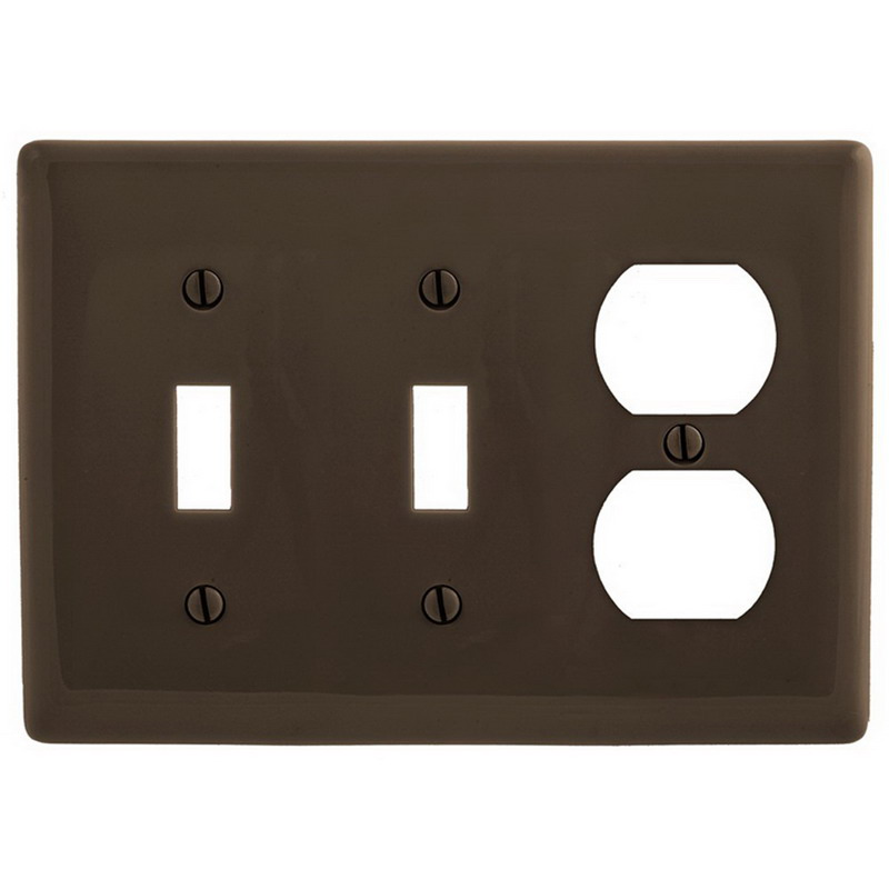Hubbell Wiring NP28GY Homeselect™ Standard Size 3-Gang Combination Wallplate; Screw Mount, Nylon, Gray