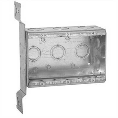 Hubbell Electrical / RACO 686 3-Gang Masonry Box With Stud Bracket; 5-9/16 Inch Width x 2.500 Inch Depth x 3.750 Inch Height, Steel, 47.80 Cubic-Inch, 11-Knockouts