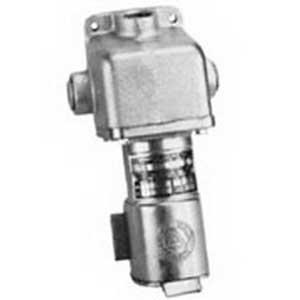 Appleton CES-3023 Slide-Lok Style 2 Receptacle with Box 30 Amp  125 – 250 Volt AC  3-Pole  2-Wire