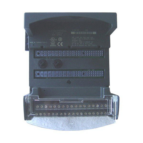 GE Fanuc IC200CHS001 Local Barrier Style Horizontal Orientation VersaMax I/O Carrier; 32 I/O, 4.350 Inch Width x 5.500 Inch Depth x 2.750 Inch Height
