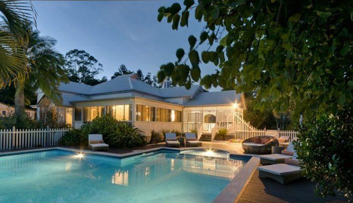 Swimming pool and patio The Bay- LuxuryRehabs.com