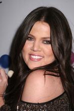Khloe Kardashian Bio Photo