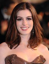 Anne Hathaway Bio Photo