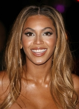 Beyonce Knowles Bio Photo