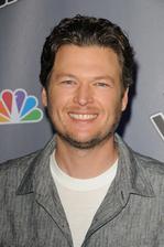 Blake Shelton Bio Photo