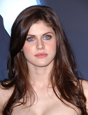 Alexandra Daddario Bio Photo