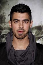 Joe Jonas Bio Photo