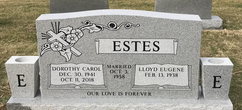 The Monument of Lloyd Eugene and Dorothy Carol Estes