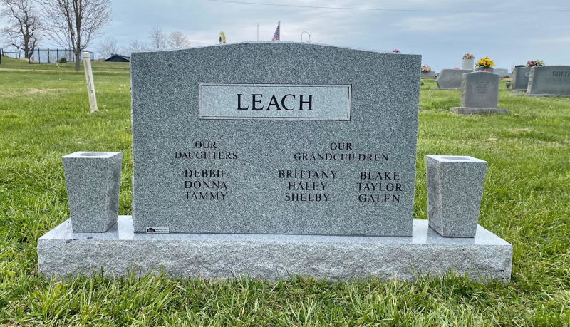 The Monument of Joseph Wayne & Lynda Caudill Leach