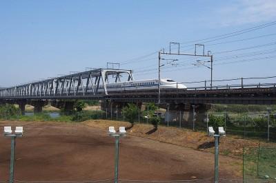 Shinkansen go whoosh
