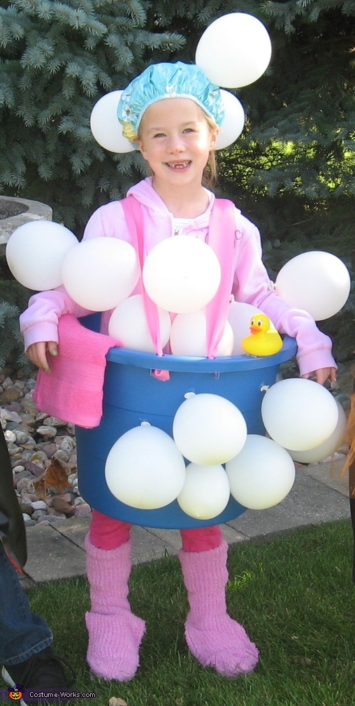 DIY Kids Bath Tub and Bubbles Halloween Costumes