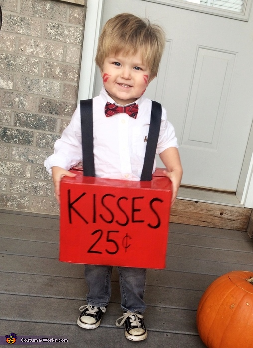 DIY Kids Kissing Booth Costume