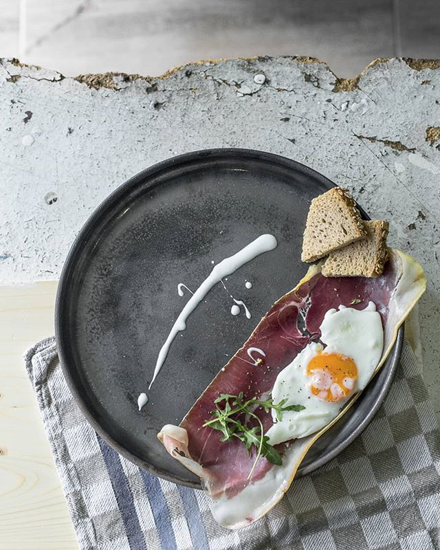 pottery plate foodporn food eggs ceramics breakfast bread