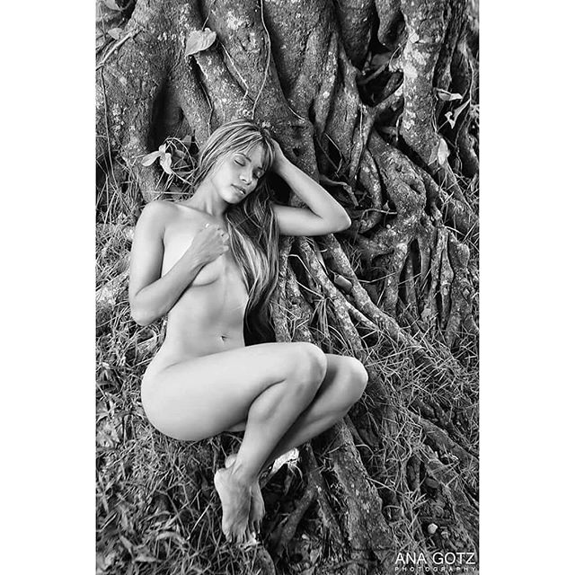 brasil barcelonaart barcelona blackandwhite fotografia nudesgirls womanday fotografo nude picoftheday bcn poesia anagotz