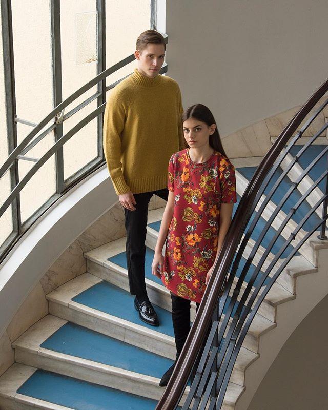 print photoshoot model flower fashion colors