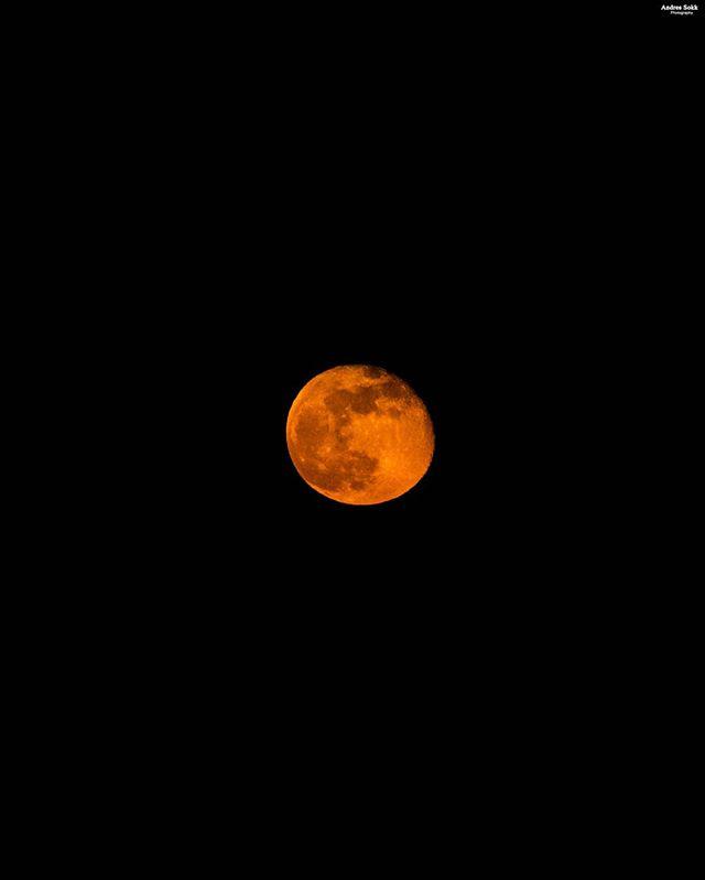 nikon nightscape bloodmoon moon nightphotography andres_sokk_photography awesomphotography clearsky skyphoto nightscapes photography nikonlovers