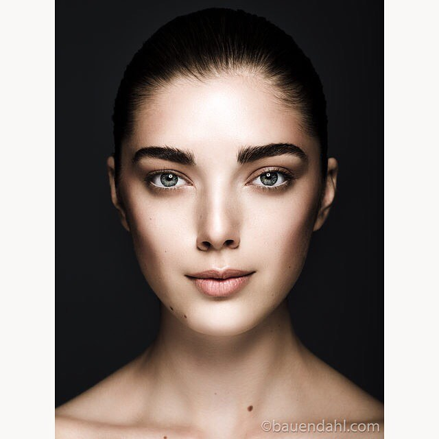 model photography studiophotography makeuparts closeup mua beauty beautyphotography beautyshot studio dark