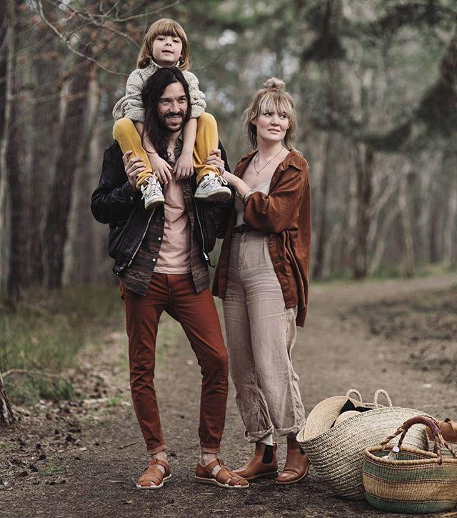 collaboration annamalmbergphoto picnic familytime familypicture ecoshoes