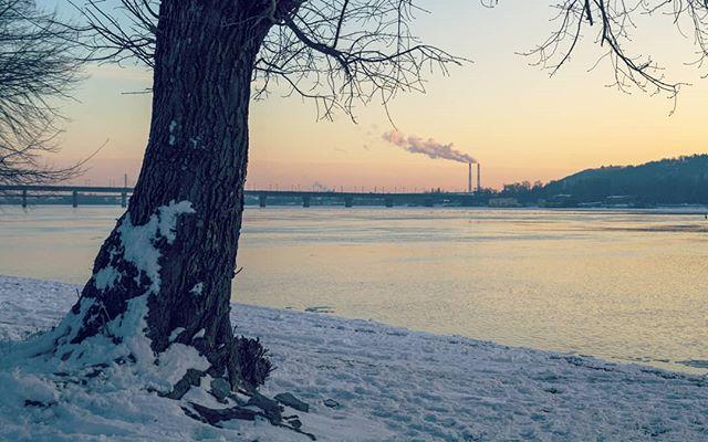 украина київ winter ukraine snow kievonline kievmap kievguide kievday kiev dnieper