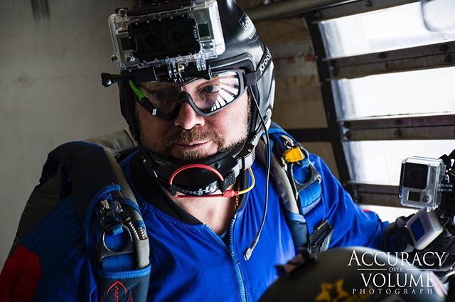 nikond7100 jump 12k nikonphotographer 12000feet skydive gopro perfectlygoodplane jumpsuit nikonusa nikonnofilter skydivewestplains nikonistas nikon ritzville nikonphoto airplane skydiving nikontop nikonphotography jumping