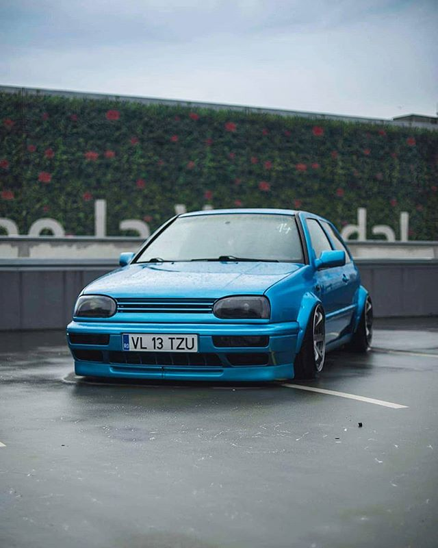 airride slammed low golf japanracing vw stance