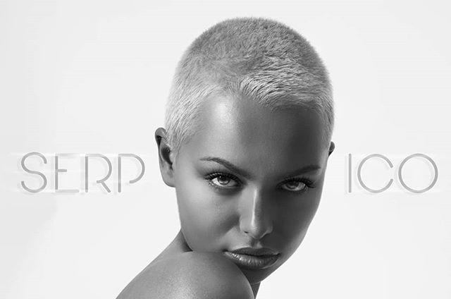 photography style art serpico fashionphotography runthisworld alien photooftheday instaballer blackandwhite life follow reptilian undercut fiercewomen arwenbluee makeup girlspower beauty fashion model girlsrun love artist instagram