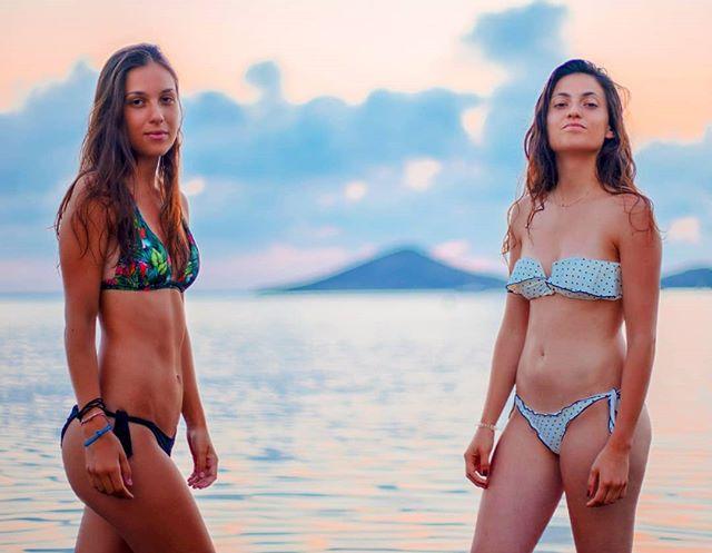 travelphotography photography likemylastpost lifestyle wonderlust cinematography spain🇪🇸 beach filmshoot photoshoot sunset bikini beachshoot director models followus sonyalpha