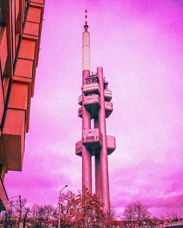 vintage vacation tower shoot praha prague pink picture photography photographer nikon beauty art