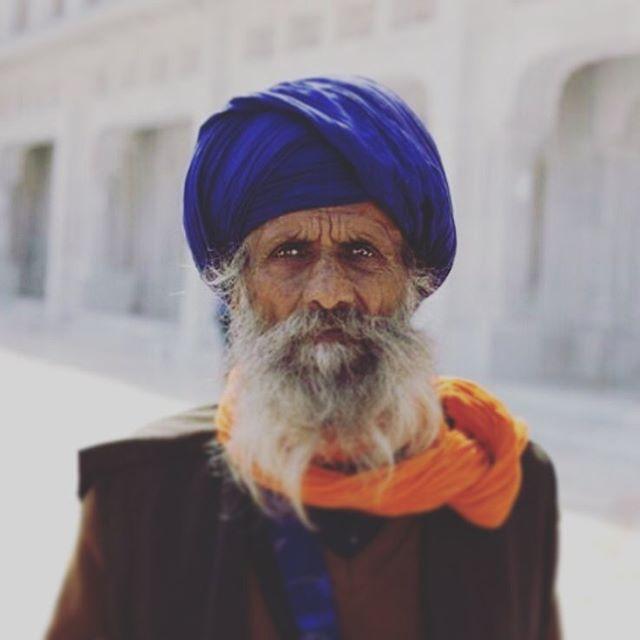 wrinkles wisdom travelphotography sikhbeard sikh shooting portrait_vision portraitphotography portraitpage life indians india experience canon beautiful amritsar
