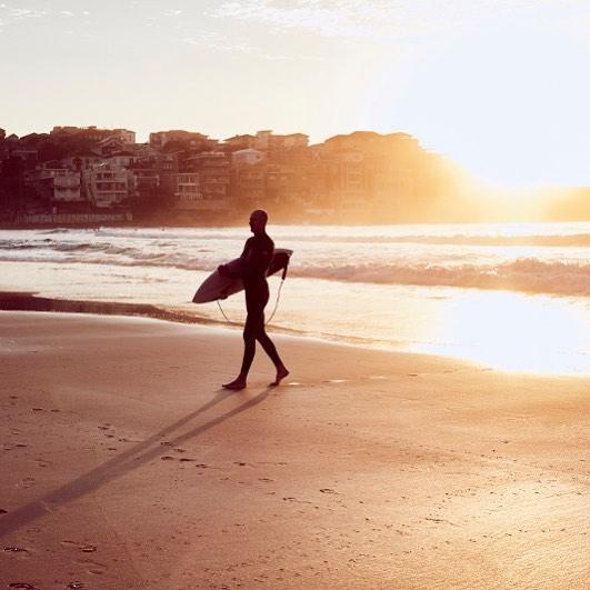 surf sunrise bondibeach